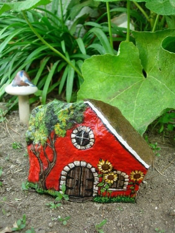 Creative ideas for rock painting houses