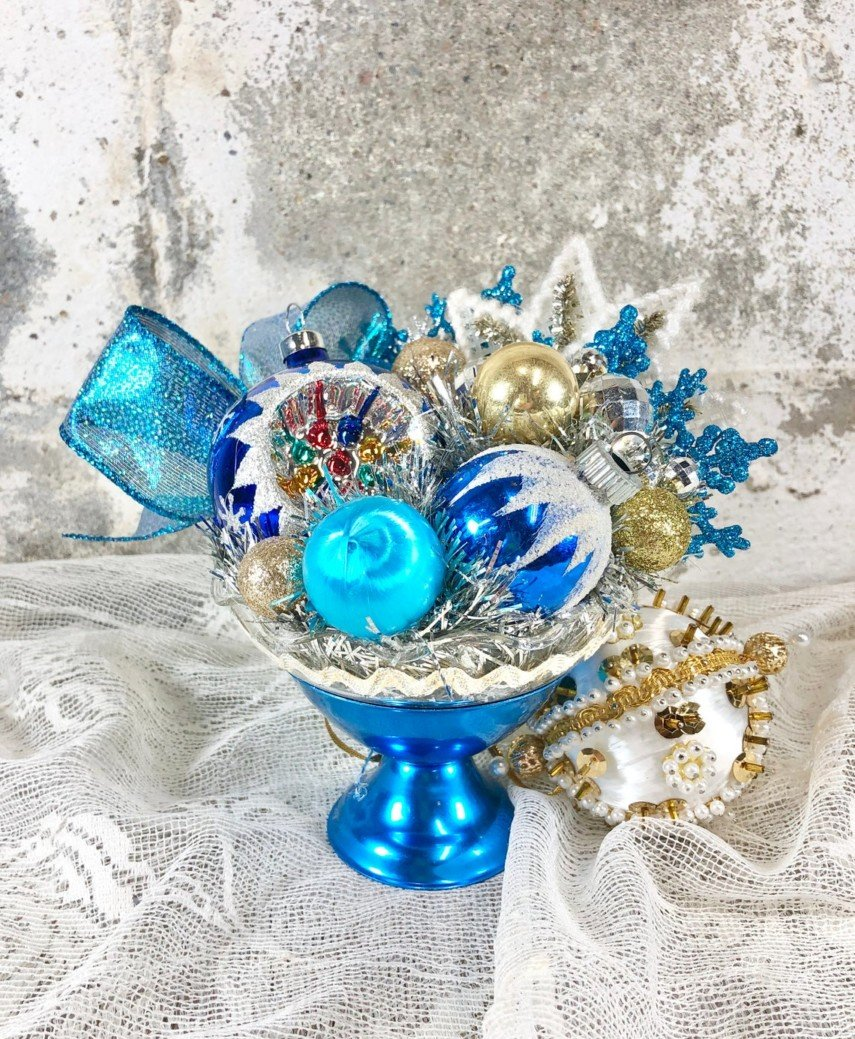 Glass bowl idea for Christmas display with vintage ornaments