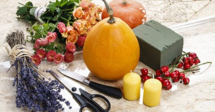 How to Make Easy Thanksgiving Centerpieces with Pumpkins and Fresh Flowers