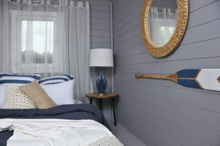 Nautical style bunkie decor