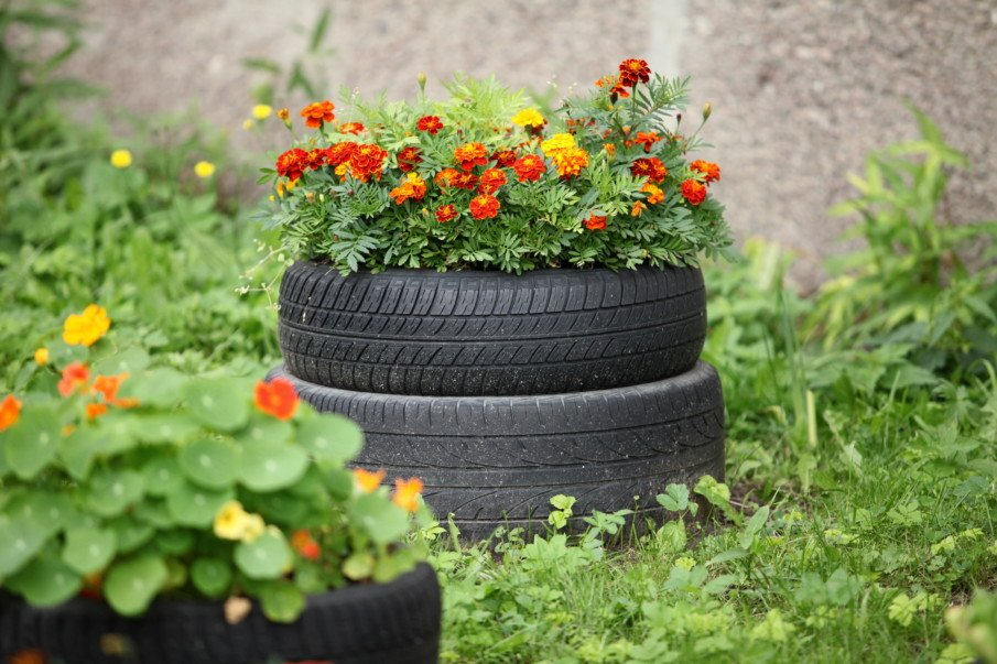 unpainted stacked tire flower pot