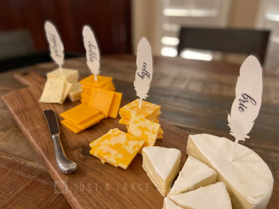 Acrylic feather shaped cheese markers