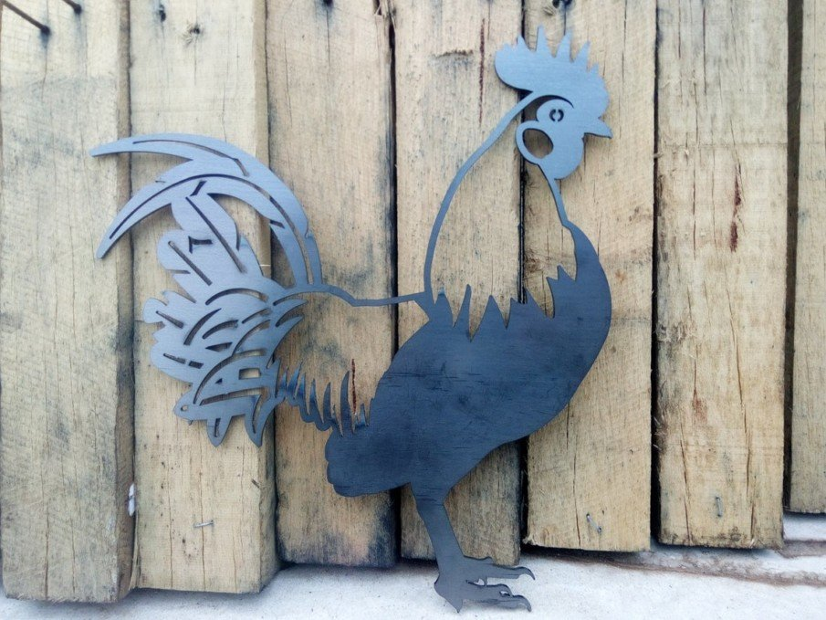 Cut out steel rooster wall hanging