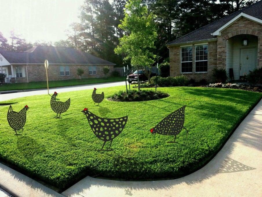 Steel cutout chicken yard art