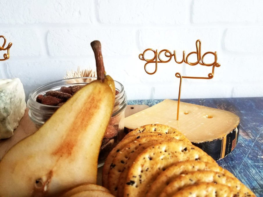This creative wire cheese marker tags Gouda cheese beautifully!