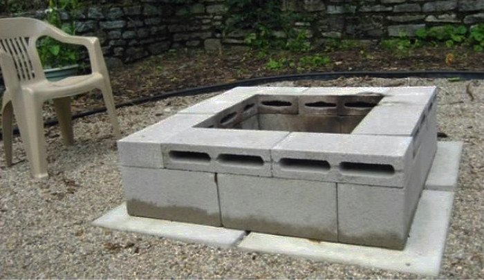Cinder block fire pit idea with narrow blocks on top