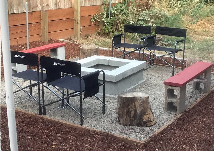 DIY Cinder Block fire pit sitting area