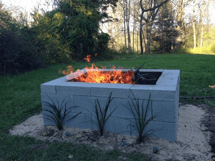 Beautiful concrete block fire pit idea