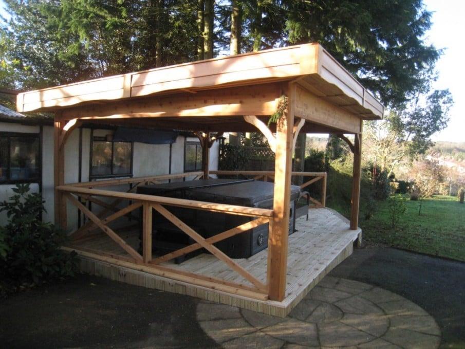 Hot tub under pergola roof idea