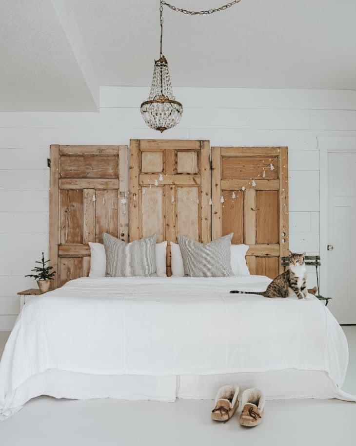 DIY reclaimed barn door headboard plan