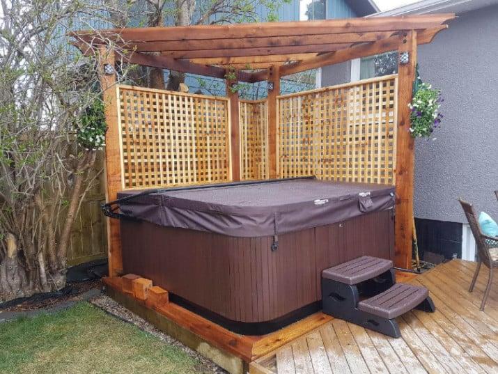 Corner hot tub pergola ideas