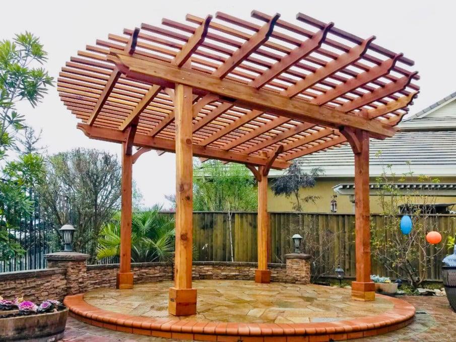 A circular roof pergola kit
