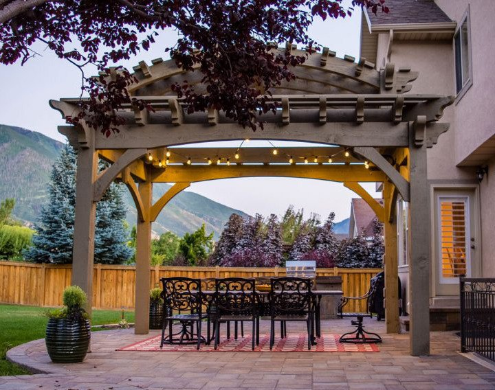 An unordinary pergola kit with double roof design