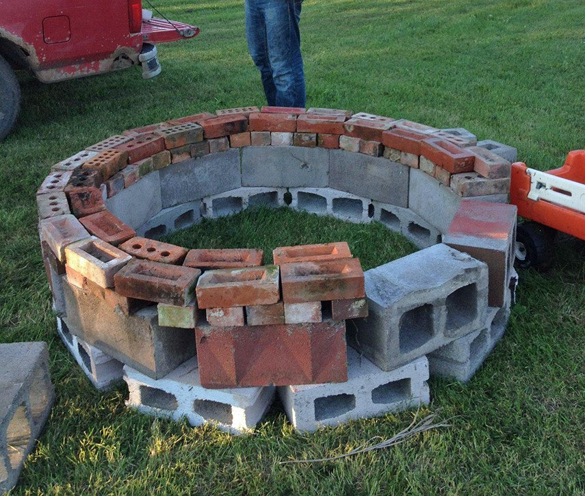 Round fire pit made from spare cinder blocks