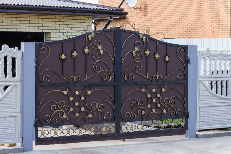 Automatic sliding wrought iron gate idea