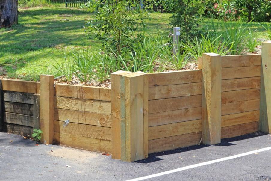 Corner retaining wall ideas made of treated pine