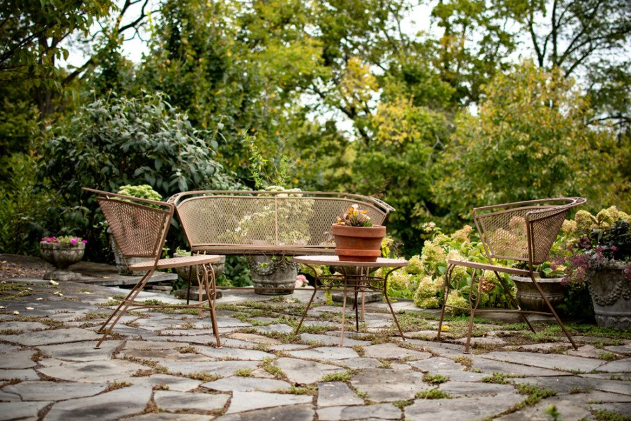 Flagstone patios allow for natural grass between stones