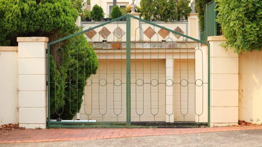 ornamental wrought iron driveway gates