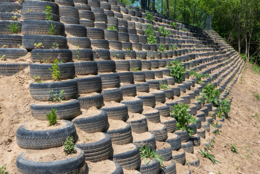 Tire retaining wall ideas for steep slopes