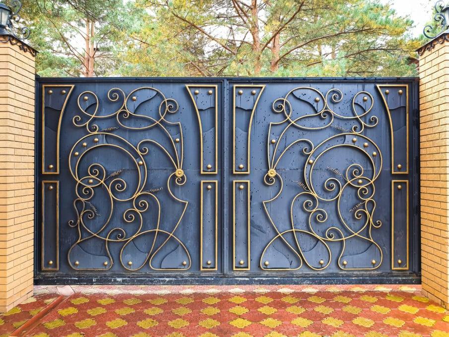 Cool modern iron gate design
