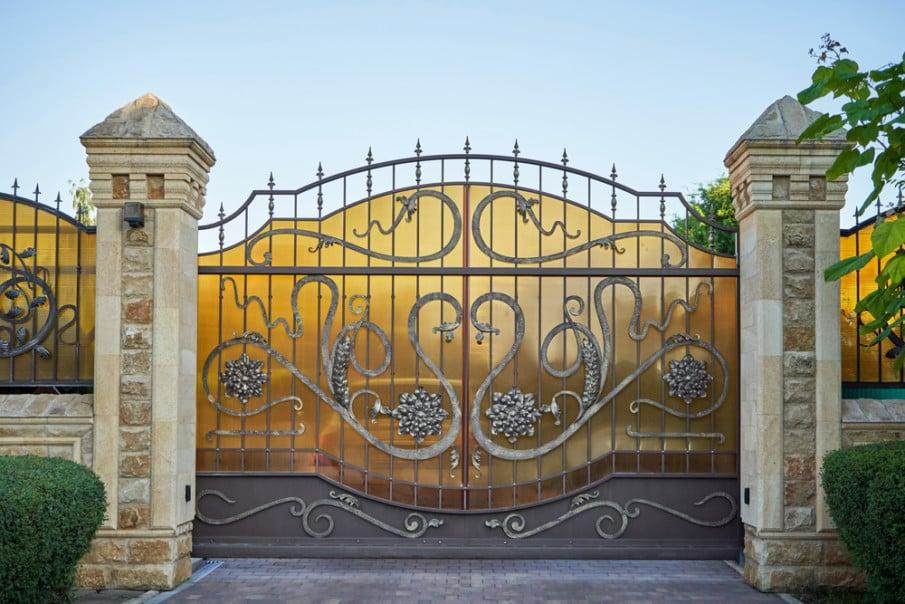 Luxury sliding car entry gate ideas